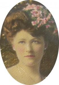 Edna Wilma head oval crop